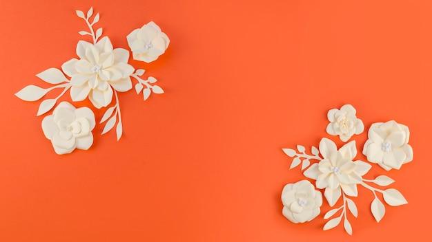 Арт-концепция с цветочной рамкой и копией пространства