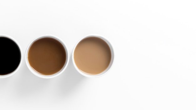 さまざまな種類のコーヒーのトップビューの配置