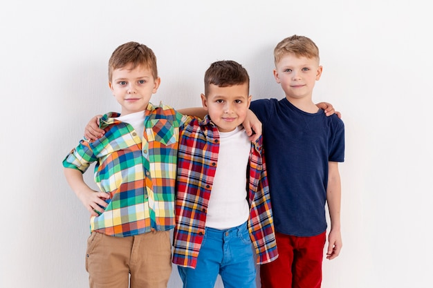 Братство молодых мальчиков