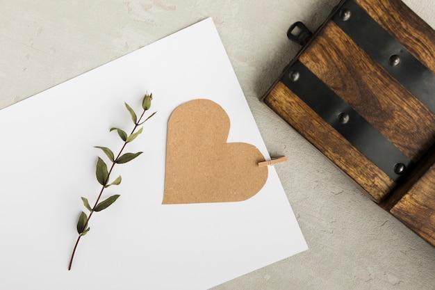 結婚式のための木の装飾