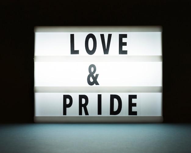 Концепция любви и гордости