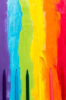虹色のマーカー付きの背景