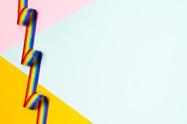 Лента крупным планом в цветах радуги с копией пространства