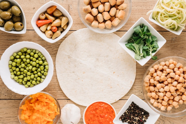 ひよこ豆とグリーンピースの料理のトップビュー