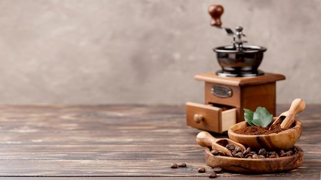 Вид спереди кофе с копией пространства