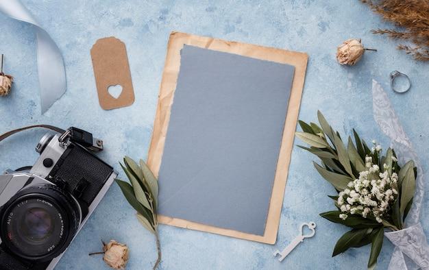 Плоская планировочная камера и свадебные украшения