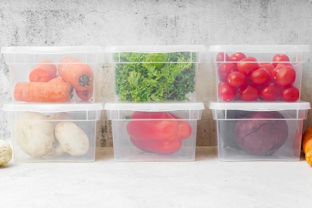 ボックスで野菜の正面図