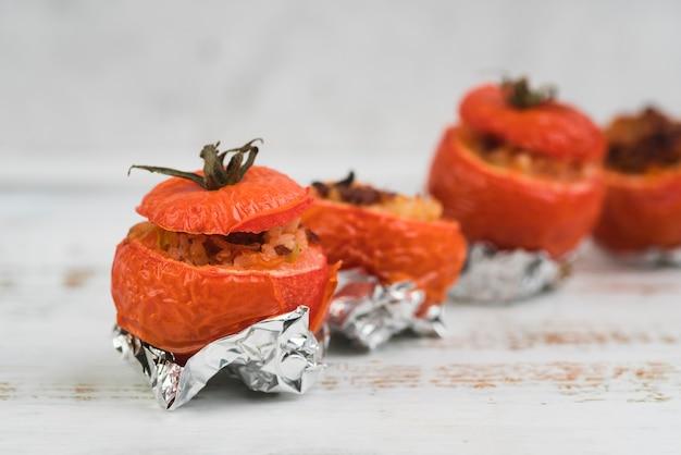 高角の詰めトマト