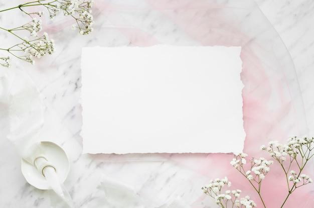Прекрасное свадебное приглашение плоской планировки