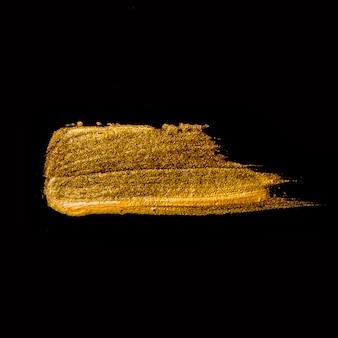 Крупный золотой всплеск волны