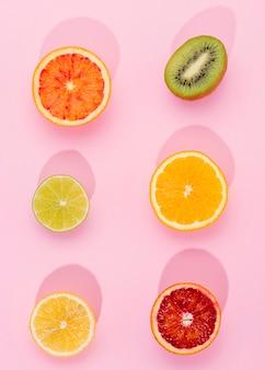 新鮮な果物のトップビューの選択