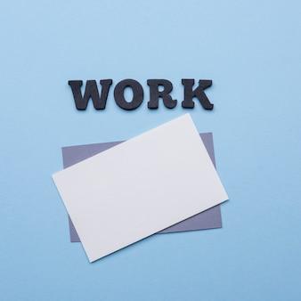 Вид сверху пустой визитки для работы