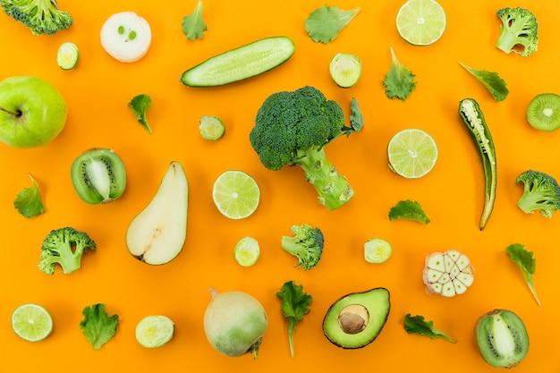 緑の野菜を健康的に食べることの概念