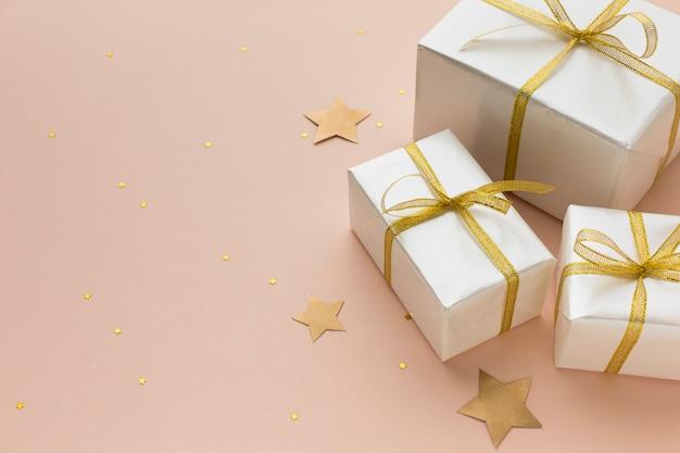 Плоские лежал подарки для вечеринки