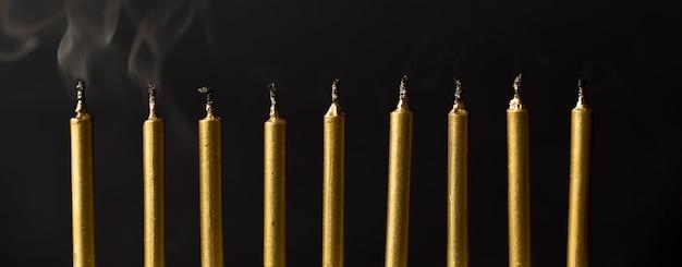 Высокий угол свечи на день рождения