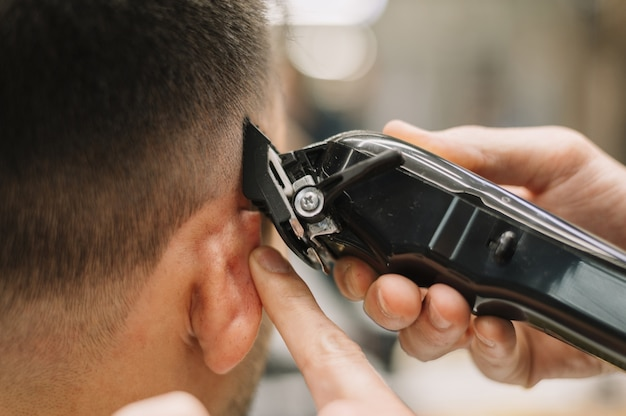 Взгляд конца-вверх концепции парикмахерской
