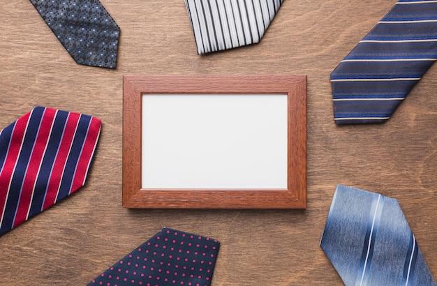 Композиция с галстуками и рамой