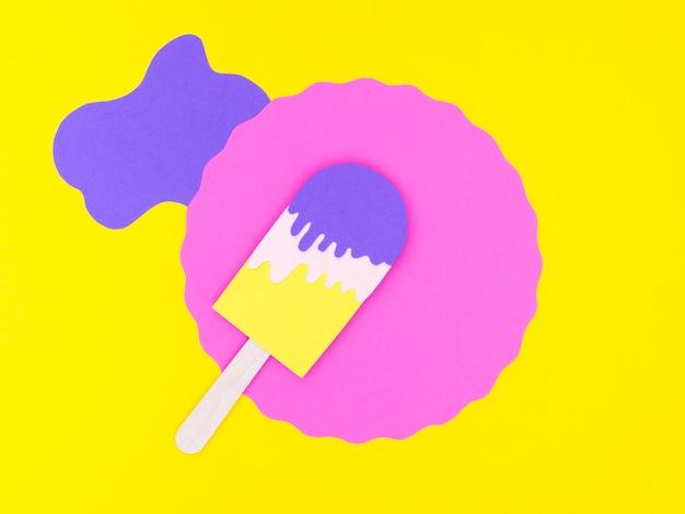 Плоский лежал орнамент из мороженого