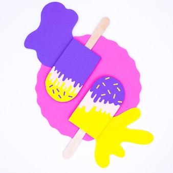 Вид сверху разноцветное мороженое в бумажном стиле