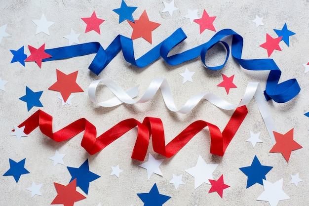 Вид сверху флаг сша, ленты и звезды