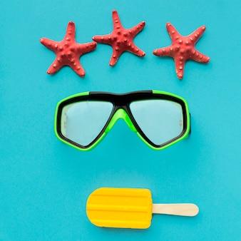 Вид сверху очки для подводного плавания с мороженым