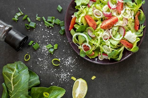 サラダの調味料