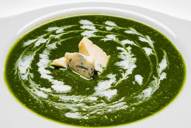 おいしいブロッコリースープをクローズアップ