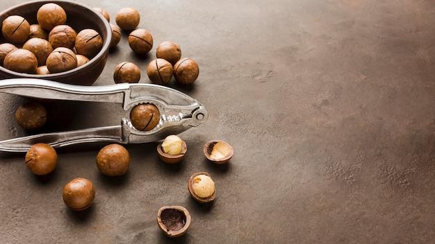Жареные орехи крупным планом