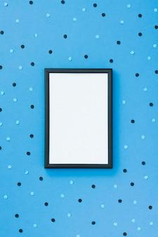 Рамка с синим фоном