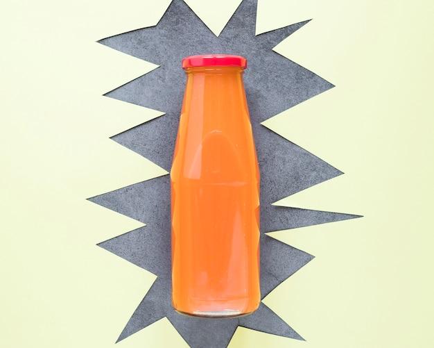 オレンジのスムージーの瓶