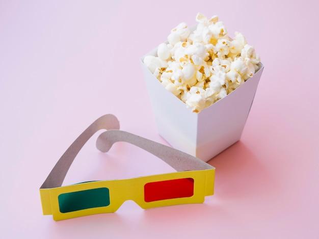 Коробка для попкорна с очками