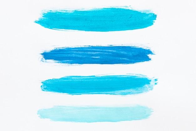 Различные оттенки синей акварели