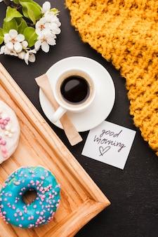 朝食のクローズアップコーヒー