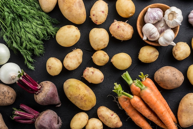Вид сверху органические овощи