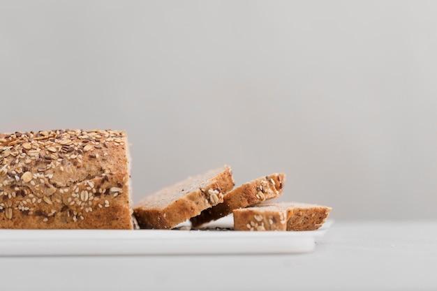 Пищевая композиция с хлебом