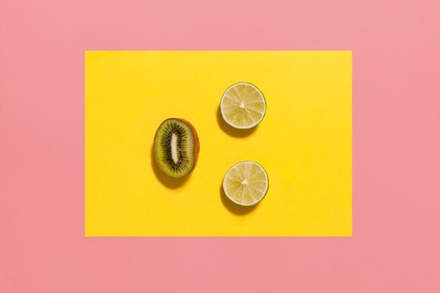 Плоское расположение лимонов