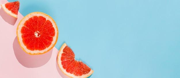 平置きの柑橘類フレーム配置