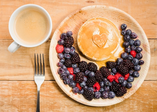 パンケーキとトップビューの父の日デザート