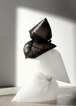 抽象的なビニール袋のコンセプト