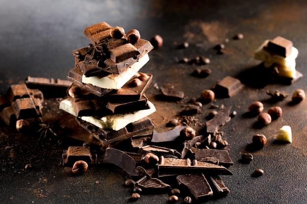 Вид спереди вкусной концепции шоколада