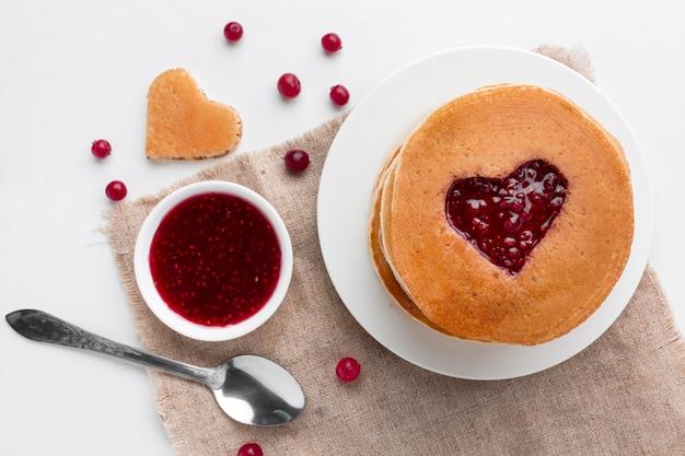 フルーツジャムのパンケーキ