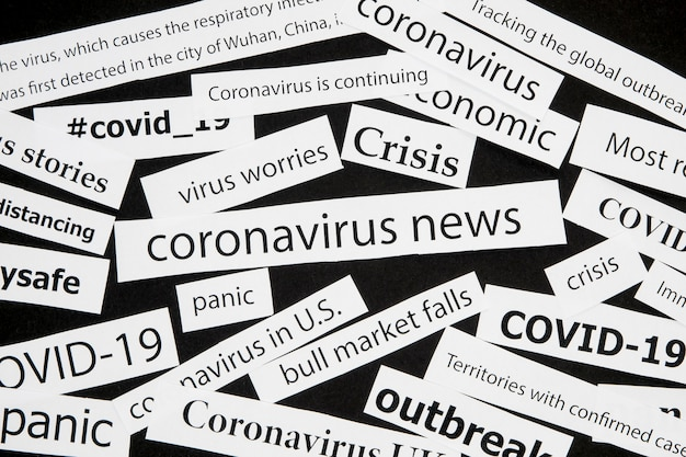 さまざまなコロナウイルス新聞の見出し