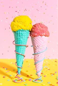 Конусы мороженого крупным планом