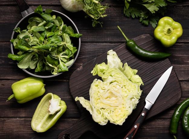 緑の野菜の配置