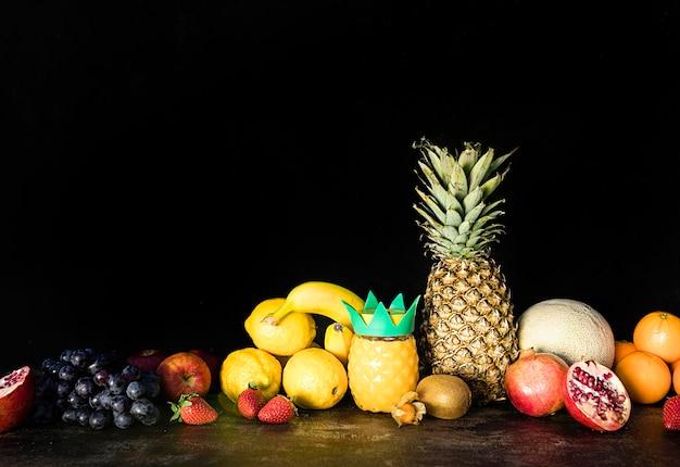 Художественное оформление фруктов вид спереди