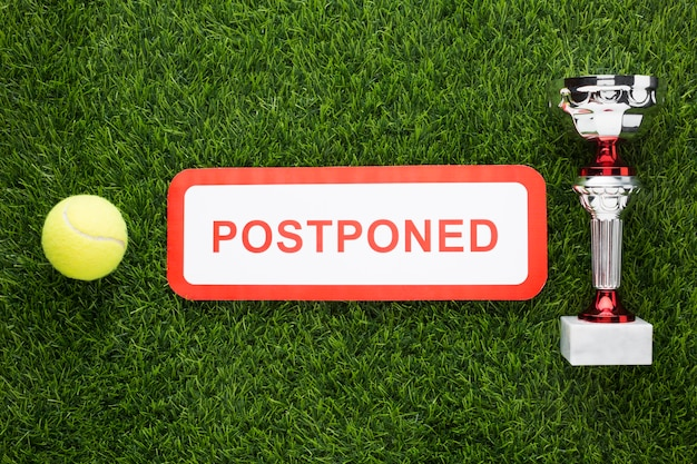 Расположение элементов тенниса с отмененным знаком