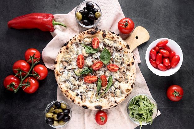 フラット横たわっていたイタリア料理の組成