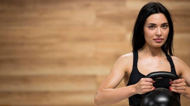 Тренировка близкой женщины вверх