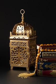 正面のイスラム新年のコンセプト