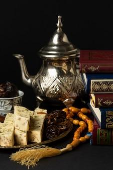Вид спереди исламская новогодняя концепция